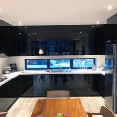 Modular Kitchen - Lucena City, Quezon Province: modern Kitchen by Stak Modern Kitchens
