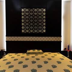 Abhishek & Swati Couple Room Interior:  Bedroom by tcrproject
