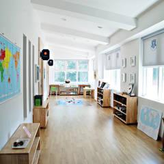 Schools by 인중헌 건축사 사무소