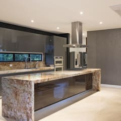 Built-in kitchens by astratto