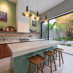 Built-in kitchens by Workshop, diseño y construcción, Colonial