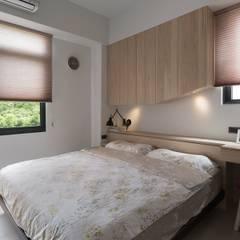 Dormitorios de estilo  por 禾光室內裝修設計 ─ Her Guang Design