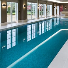 Light Fantastic:  Infinity pool by London Swimming Pool Company