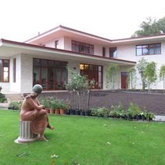Haciendas de estilo  por Studio Y architecten