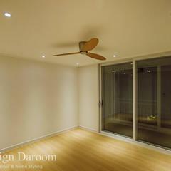 암사동 한강포스파크 25py: Design Daroom 디자인다룸의  방
