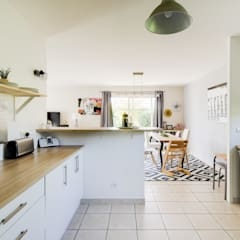 Aménagement d'une cuisine dans une maison en location: Éléments de cuisine de style  par Dame Cafoutch,