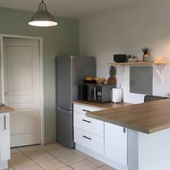 Muebles de cocinas de estilo  por Dame Cafoutch