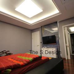 경남 하북면 예술인촌 전원주택: 에스디자인의  침실,컨트리