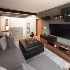 Media room by Concepto Taller de Arquitectura