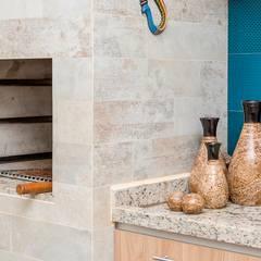 Churrasqueiras Varandas, alpendres e terraços mediterrâneo por Erlon Tessari Arquitetura e Design de Interiores Mediterrâneo