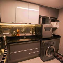 وحدات مطبخ تنفيذ Marilia Wanderley Arquitetura