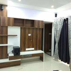 Ankleidezimmer von Vasuweta Interior Space