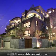 大桓建築設計 | 台中 | 君悅:  別墅 by 大桓設計顧問有限公司