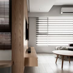 Living room:  客廳 by 湜湜空間設計