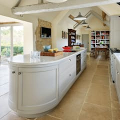 Projekty,  Aneks kuchenny zaprojektowane przez Teddy Edwards