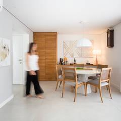Sala de Jantar: Salas de jantar clássicas por Duplex212 - Arquitetura e Interiores