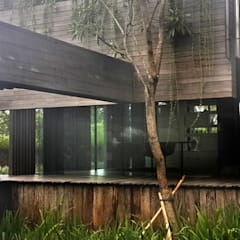 Garden Shed by Jati and Teak, Rustic