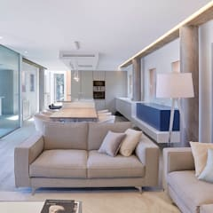 Living room by Ideas Interiorismo Exclusivo, SLU, Mediterranean