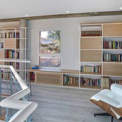Interiorismo confortable en Madrid: Estudios y despachos de estilo  de Ideas Interiorismo Exclusivo, SLU