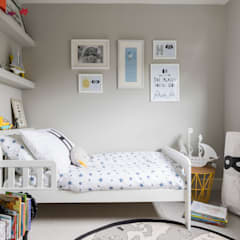Blackheath Family Home: classic Nursery/kid's room by Imperfect Interiors