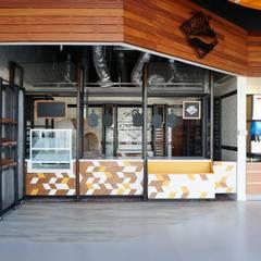 decoracion de cafeterías   Diseño de cafeterías   Mobiliario para cafetería   equipo para cafeterías: Restaurantes de estilo  por DISEÑO DE BARES Y RESTAURANTES B&Ö  Arquitectura, decoración, diseño de interiores y Muebles