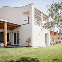 Passive house by Rossi Design - Architetto e Designer, Modern Wood Wood effect