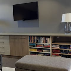 Oakhill Church Offices: modern Study/office by JFS Interiors
