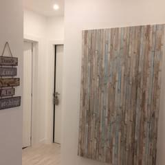Apartamento T2 - Carnaxide - Home Project: Corredores e halls de entrada  por Acontece Design Solutions