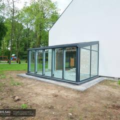 Szklany ogród zimowy: styl , w kategorii Ogród zimowy zaprojektowany przez P.W. Przybylski