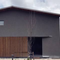 外観(北): ARCHIXXX眞野サトル建築デザイン室が手掛けた木造住宅です。