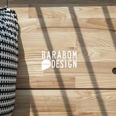 상도동 더샾 56평 리모델링 인테리어: 바라봄디자인의  침실