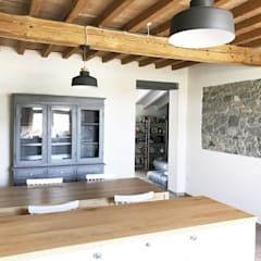 rustic Dining room by Architetto Luigi Pizzuti