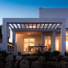 CASA VALE DA LAPA: Casas  por MARLENE ULDSCHMIDT,Moderno