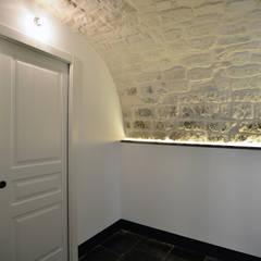 Koridor dan lorong oleh Arch. Francesca Timperanza, Mediteran