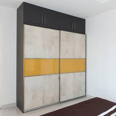 Ruang Ganti oleh Designasm Studio