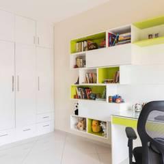 Arbeitszimmer von Designasm Studio