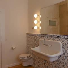 Badgestaltung:  Badezimmer von Lena Klanten Architektin