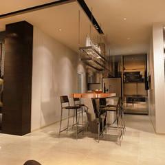 Vivaldi Mont Kiara:  Kitchen by Norm designhaus