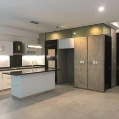 Residencial Toledo: Muebles de cocinas de estilo  por BIM Arquitectos S.A. de C.V.
