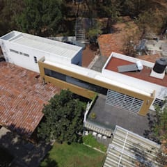Maison passive de style  par BIM Arquitectos S.A. de C.V.