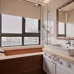 Phòng tắm by 趙玲室內設計