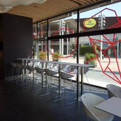 Restaurante: Comedores de estilo  de Imma Carner Arquitectura Interior