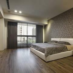 moderne Schlafzimmer von 台中室內設計-築采設計