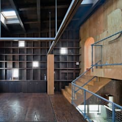 中2階子供部屋: 一級建築士事務所 Coo Planningが手掛けた子供部屋です。