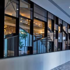 Ruang Multimedia oleh Zendo 深度空間設計, Klasik