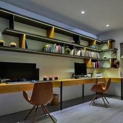 轉角的祕境:  書房/辦公室 by Zendo 深度空間設計