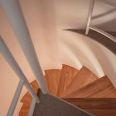 スチールらせん階段: 一級建築士事務所 Coo Planningが手掛けた階段です。