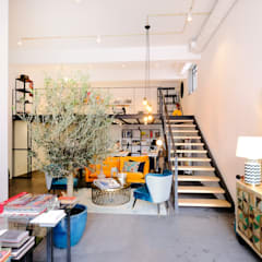 Edificios de oficinas de estilo  por No Place Like Home ®