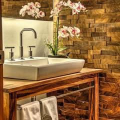 b41de0e18a68c interiorismo  Baños de estilo por Stuen Arquitectos