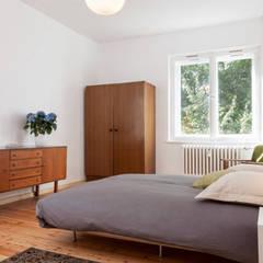 Niebuhrstrasse:  Schlafzimmer von Paul Angelier